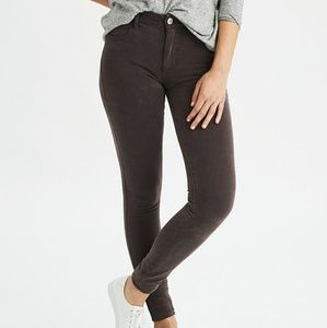 AE DENIM X4 HIGH-WAISTED JEGGING